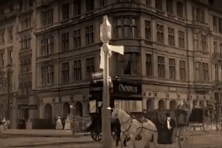 The first traffic signal. Transport for London.